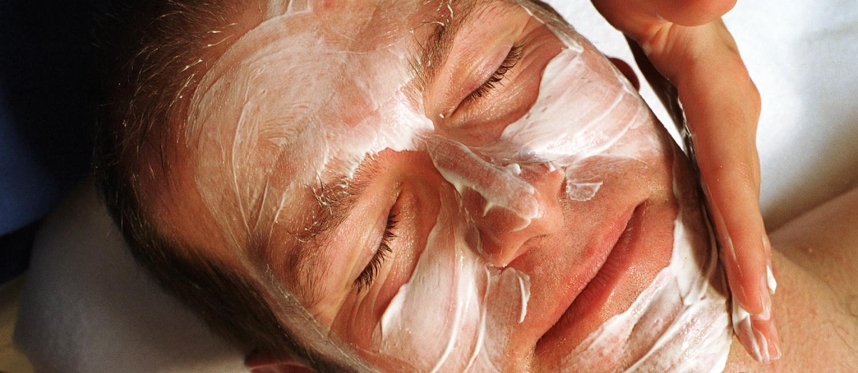 Les cosmétiques pour homme, les gestes du quotidien décryptés3