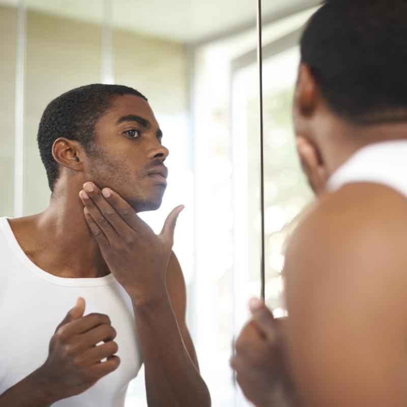 nov16-294_Le marché du soin du visage pour homme image 2 (2)